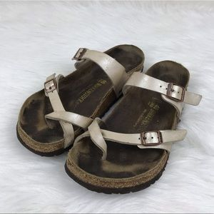 Birkenstock Size 40 Toe Wrap Well Worn Sandals